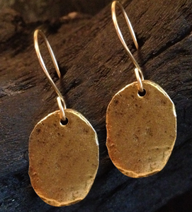GOLD_OVAL_EARRINGSweb