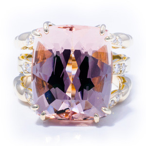 Handmade 13.69 Carats Triple Flowing Lines Morganite Ring