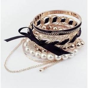 black-bracelet