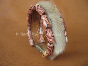 Soft Bangle in Sealskin and Burned Wood