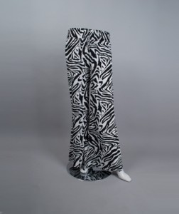 Palazzo pants tailored in a zebra print.