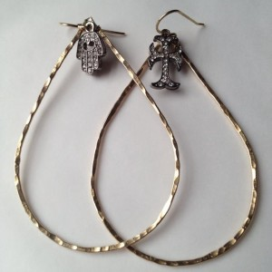 hammered earrngs wi crystal drops