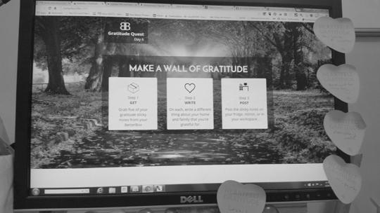 gratitude-wall