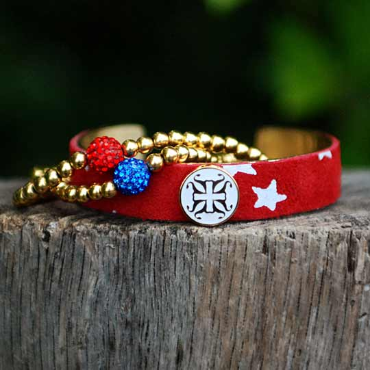 red-starrs-and-2-beads