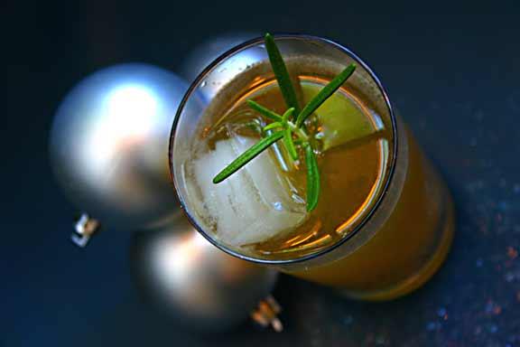 Sugar-Island-Spiced-Rum-Gin