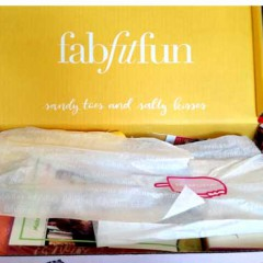 Have a 'Beach-in' Time with FabFitFun's Summer Box! (Unboxing + Review)