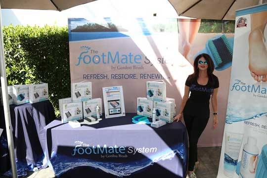 footmate-booth