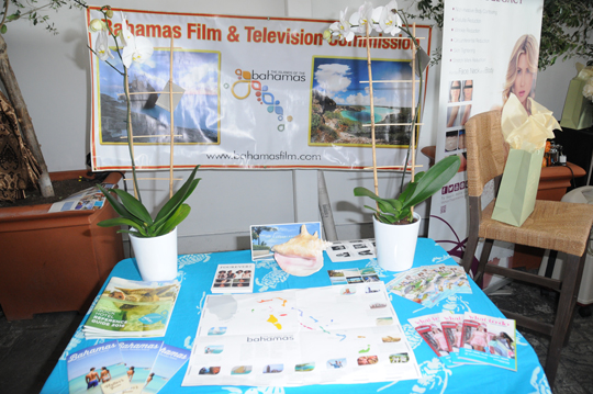 bahama-travel-booth