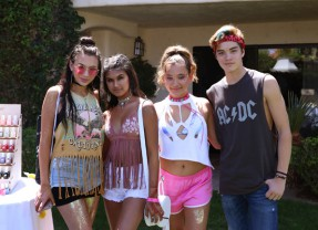 Consummate Coachella #11: Radio Disney Hits Mixology Clothing Company Desert Splash Pop-up
