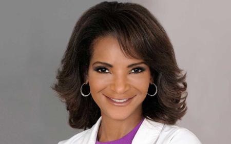 Dr.-Lisa's-headshot