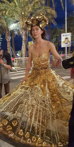GOLD-Dress-in-Cannes