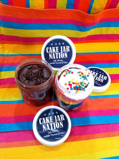 cake-jars-open