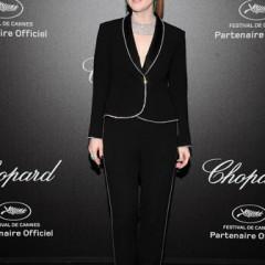 Julianne Moore  Dazzles  in Chopard Jewelry + Sonia Rykiel in Cannes!