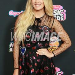 Singer/Songwriter Carrie Underwood Wears Dena Kemp Diamonds at Radio Disney Music Awards!
