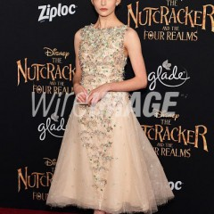 "Mackenzie Foy Dazzles at the  Los Angeles Premiere of ""The Nutcracker and the Four Realms""!"